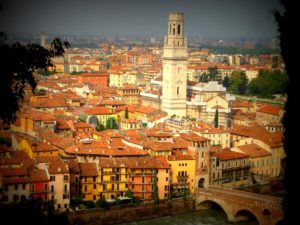Le panorama depuis le Castello San Pietro